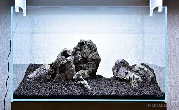60cm水槽 石組みレイアウト